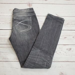 Silver Jeans Aiko Skinny Size 28 / 31 Grey